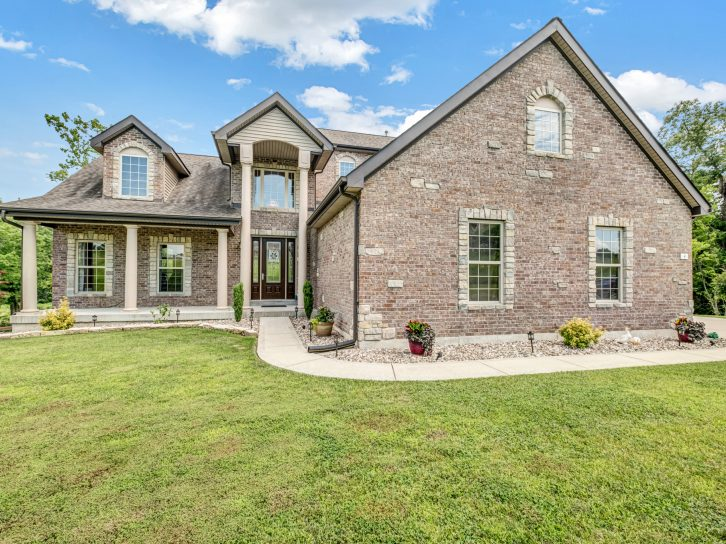 4 Stonebluff Ct, Moscow Mills 63362