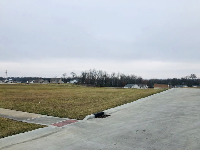 Lot #2 Winfield Plaza, Winfield, MO. 63389