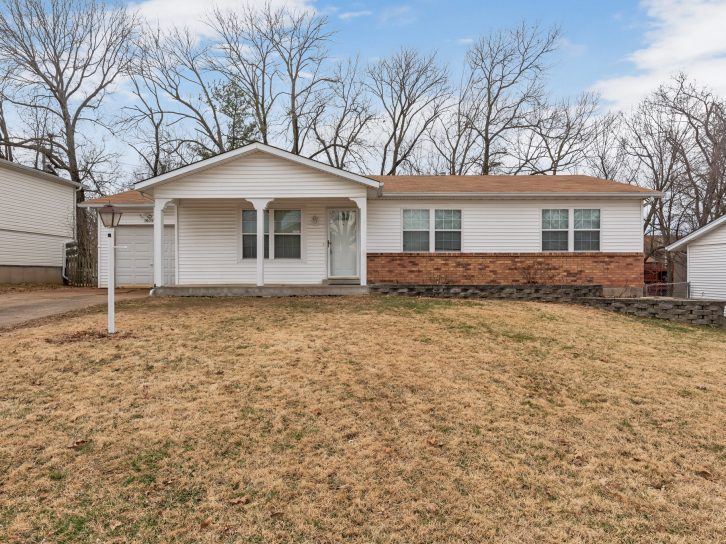 1809 Winter Hill Dr. O'Fallon, MO. 63366