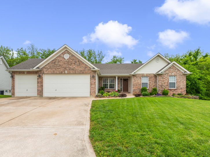 744 Longfellow Circle, O'Fallon, MO 63366